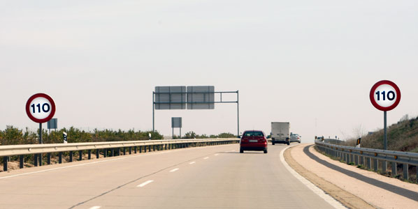 94,2 millones de ahorro con el límite a 110 km/h