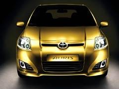 Toyota: el Auris, sustituto del Corolla