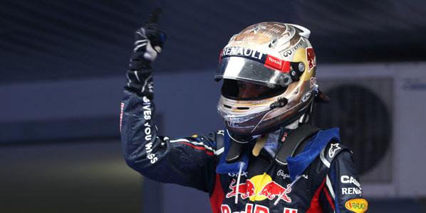 Vettel no suelta el liderato y vence en la India