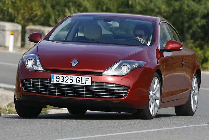 Peugeot 407 coupe vs Renault Laguna