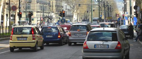 Milán se cierra al tráfico por la contaminación