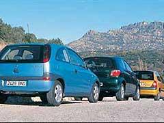 Opel Corsa 1.2 16V SRi Easytronic / Renault Clio 1.2 16V Dynamique / Toyota Yaris 1.0 VVT-i Terra