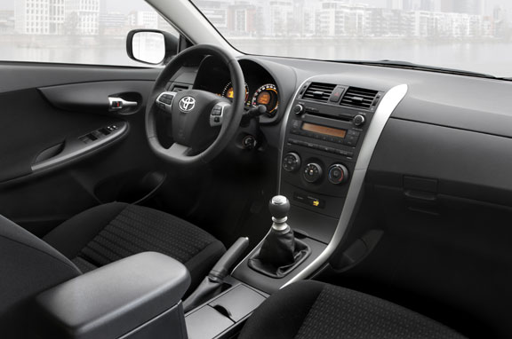 Toyota Corolla Sedán 2010.