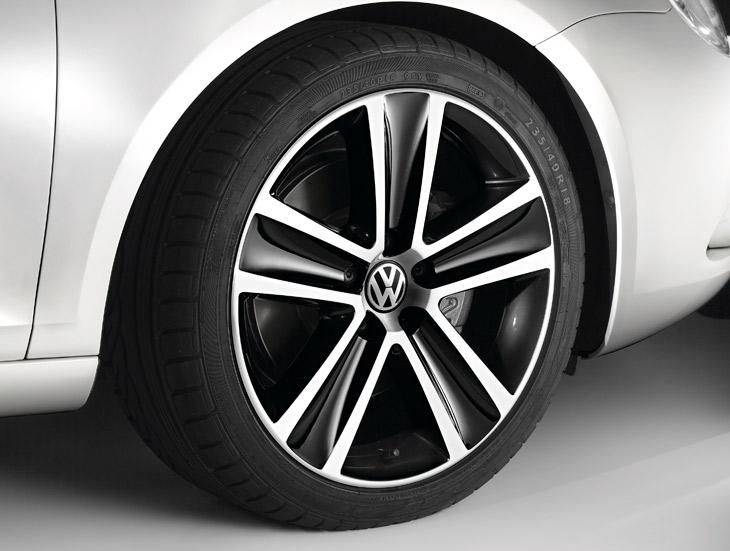 VW Eos White Night