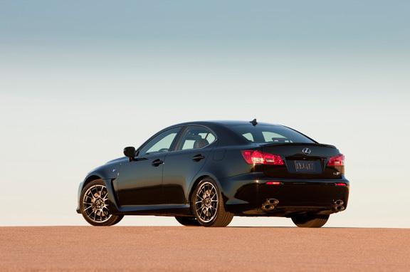El Lexus IS-F, ahora más dinámico