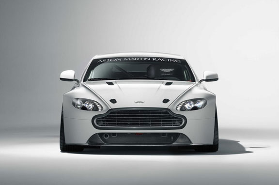 Nuevo Aston Martin Vantage GT4