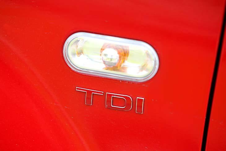 """El """"TDI"""" con todo en rojo indica que estamos ante la versión más potente Diesel de la gama."""