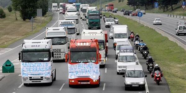 Los transportistas contra el céntimo sanitario