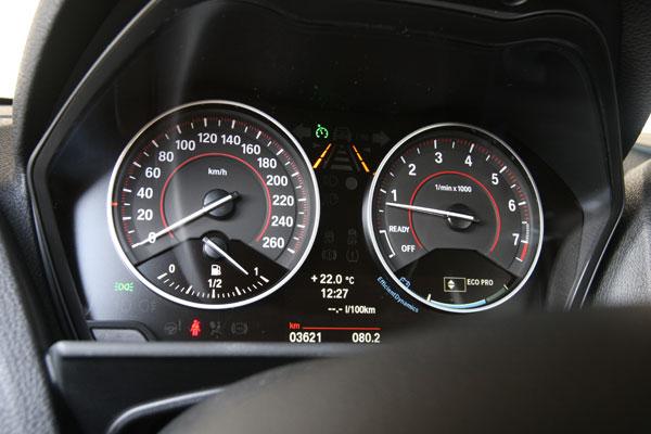BMW 118 Línea Sport contra VW Golf 1.4 TSi Sport