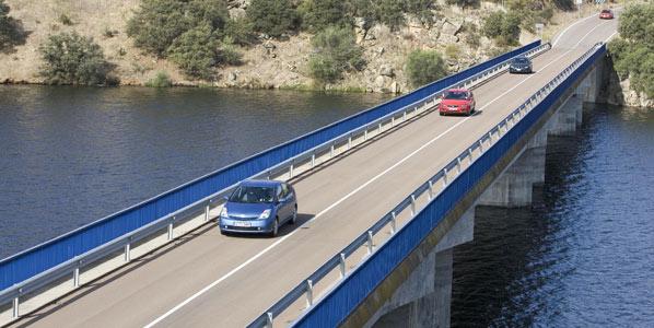 Evita los atascos este Puente