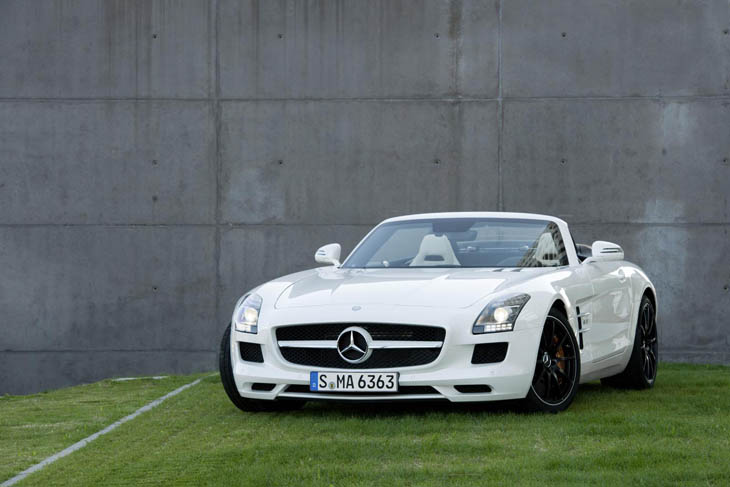 Mercedes SLS AMG Roadster.