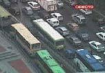 Colapsado el tráfico en Madrid tras chocar dos autobuses