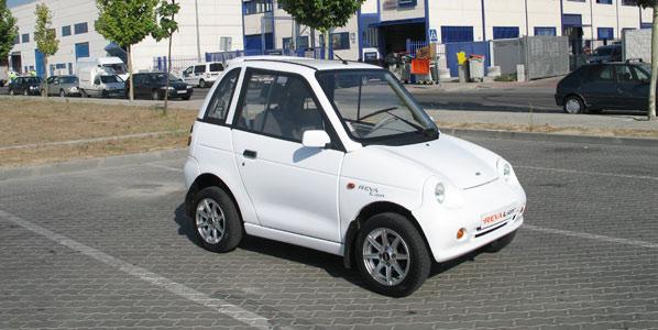 Reva L-ion, a bordo de un coche eléctrico