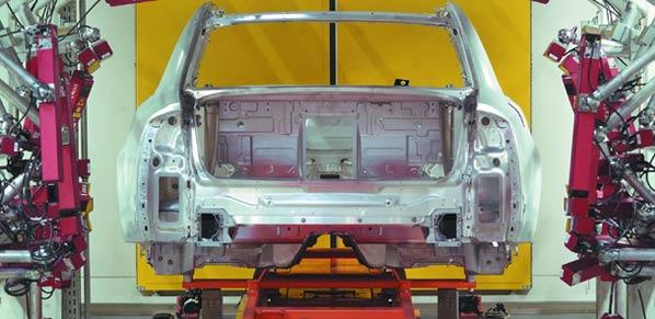 El Gobierno muestra su compromiso con Opel
