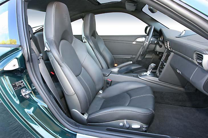 PORSCHE 911 Carrera PDK detalles interior