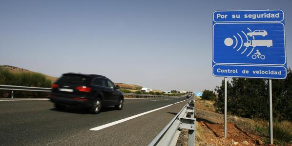 Los 140 km/h, más cerca en las autopistas