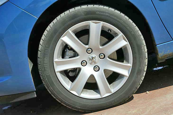 Peugeot 207 detalles