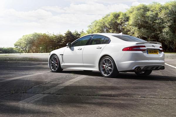 Jaguar XFR Speed Pack, hasta los 280 km/h