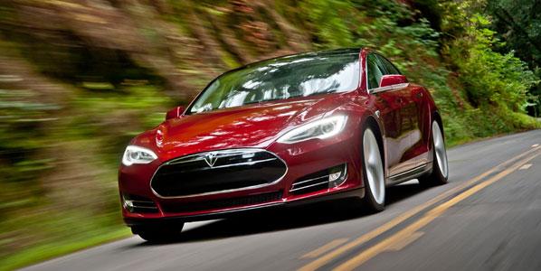 El Tesla Model S comienza su producción