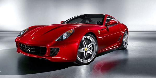 Ferrari: versiones 599 GTB Fiorano HGTE y 599XX