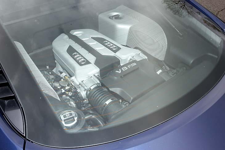Porsche 911 y Audi R8