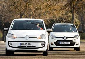 Renault Twingo 1.2 75 CV Emotion vs Volkswagen White Up! 75