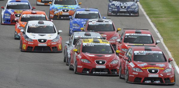 Tim Coronel pilotará en Brno un León WTCC