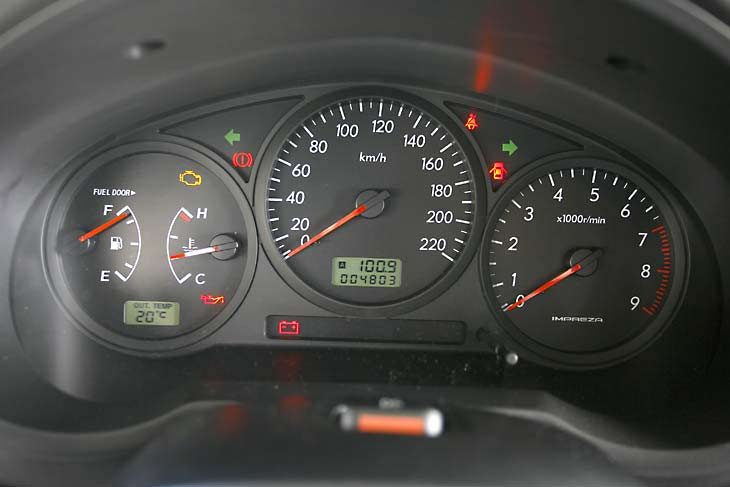 El interior del Impreza conserva la calidad de fabricación y el ajuste típico de Subaru