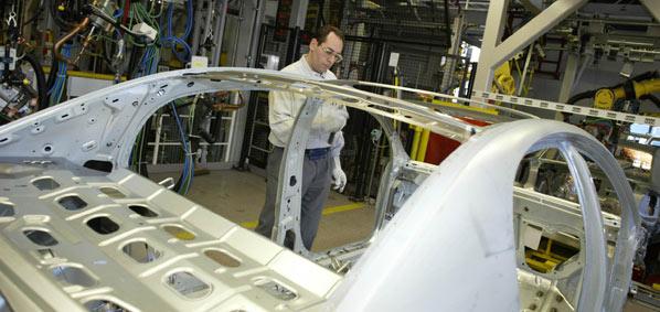 RHJ aumenta su oferta por Opel