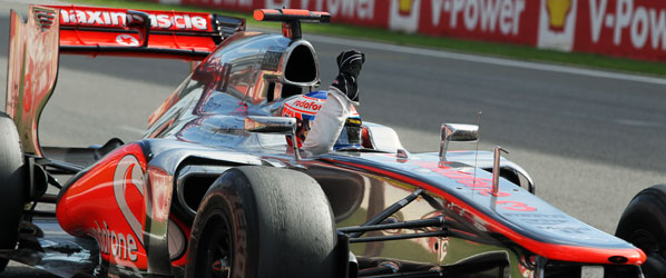 Victoria incontestable de Button en el caos de Spa