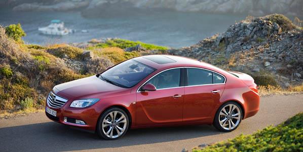 Opina sobre coches y gana un Opel Insignia