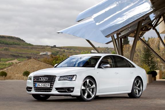 Audi S8, berlina deportiva y lujosa