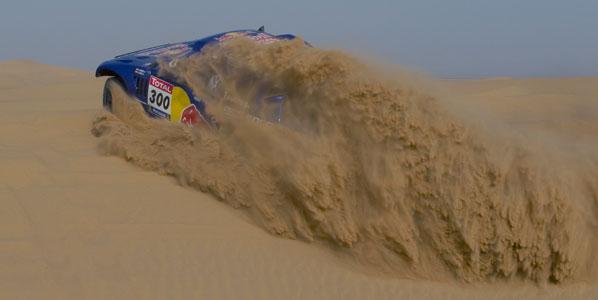 Sainz comienza el Dakar 2011 como líder