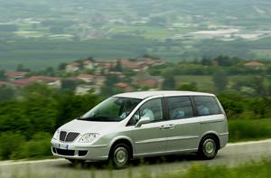 Salón de Ginebra 2003: Lancia