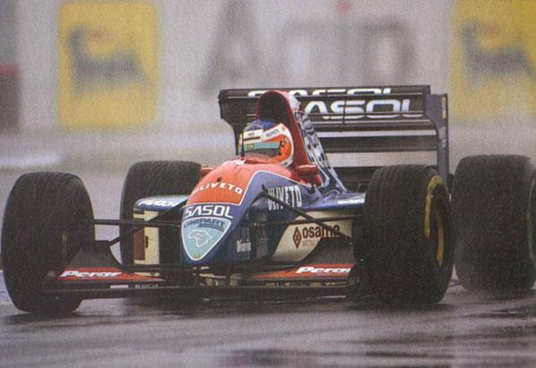 Barrichello sigue en 2009