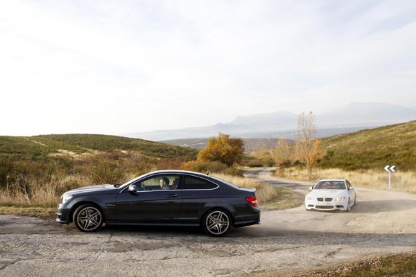 Mercedes C63 AMG vs BMW M3