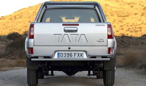 Tata completa la compra de Jaguar y Land Rover
