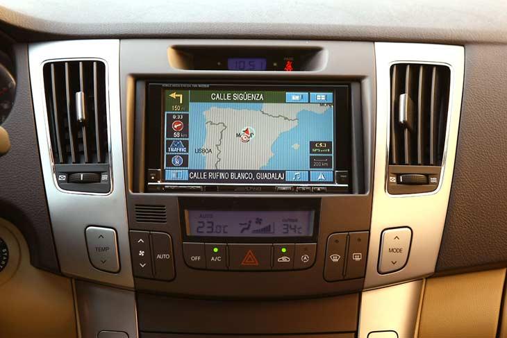 Hyundai Sonata: interiores