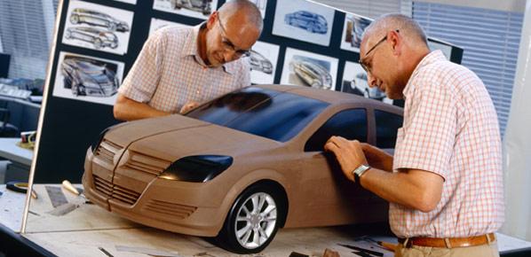 GM quiere que España inyecte dinero en Opel
