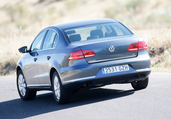 Skoda Superb C. 1.6 TDI Greenline vs Volkswagen Passat 1.6 TDI Bluemotion