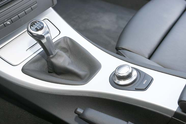 Audi A5 frente a BMW 335i: interiores