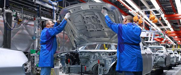 Nissan plantea suprimir 150 empleos en Ávila