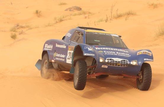 Copa del Mundo de Rallyes TT: Un Buggye en Túnez