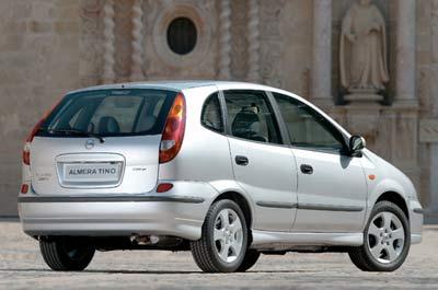 Nissan se plantea llevarse el Almera Tino de Barcelona