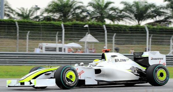 F1: Button se impone en el caos de Malasia