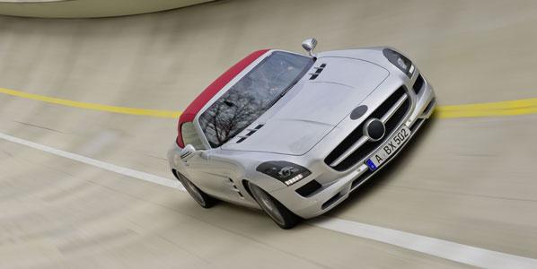 Sindicatos minoritarios denuncian a Mercedes
