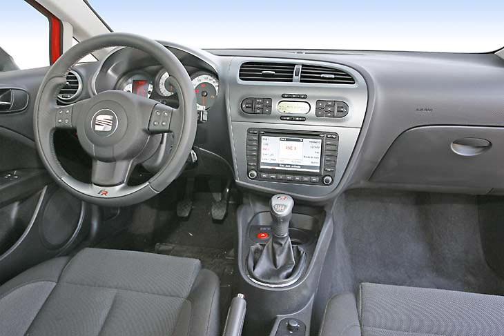Seat León FR: puesto de conducción