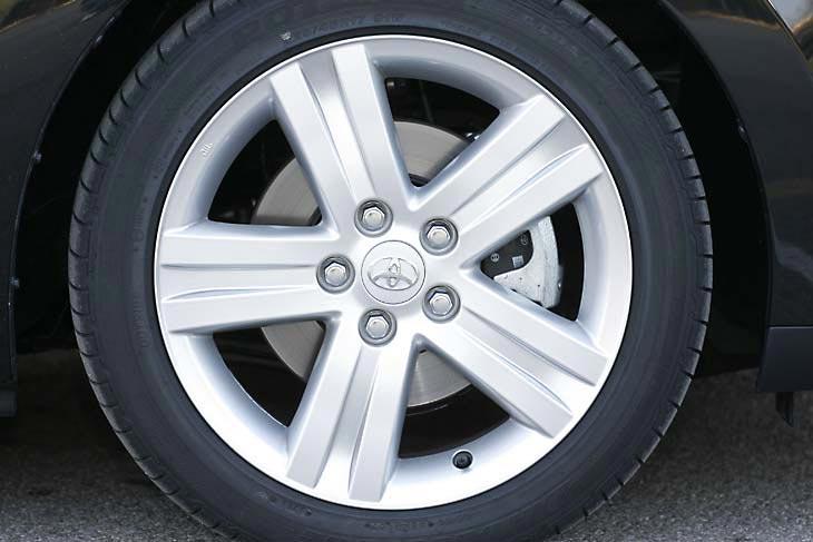 El Toyota Auris D-4D es un coche más cómodo que deportivo, a pesar de su aspecto