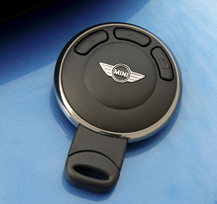 Hasta la llave es muy original. Ahora con arranque por botón.