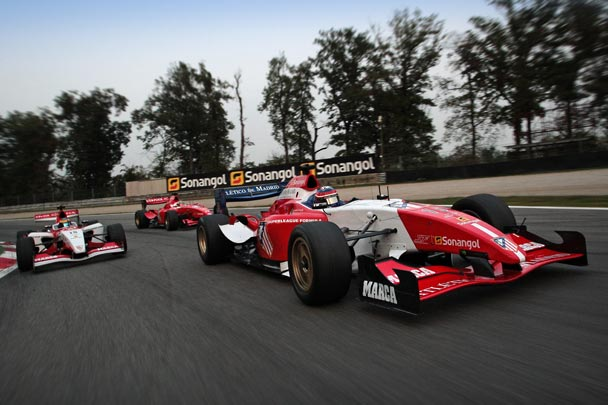 Superleague Fórmula: el Jarama calienta motores